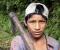 Niño trabajando en las vías del tren | Proyecto Ukhupacha (Perú)