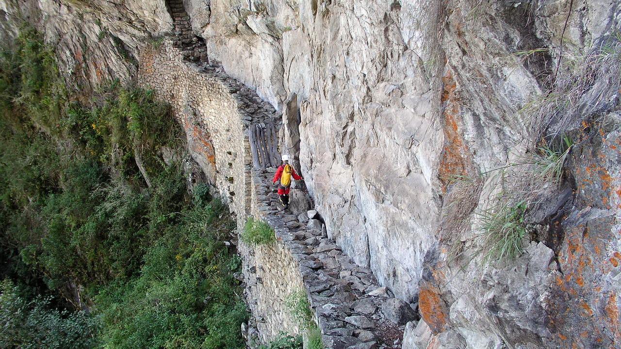 Exploración del camino del Puente Inca. Machu Picchu | Proyecto Ukhupacha (Perú)